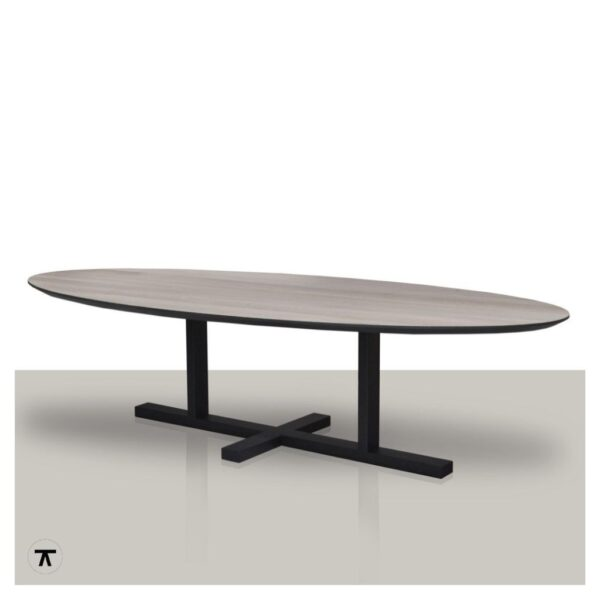 Ovale-eettafel-eikenhout-tafelblad-met-zwarte-rand-en-metalen-H-onderstel