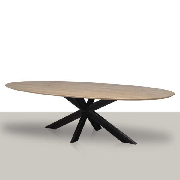 Ovale eettafel met een metalen matrix onderstel en eikenhout blad met verjongde afwerking Van Tafel.