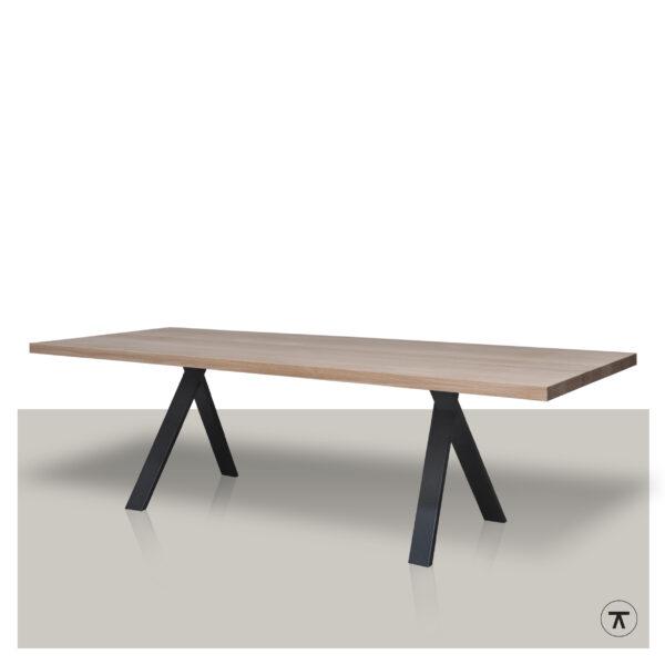 Ostrich-scandinavische-eettafel-naturel-Europees-Eiken-metalen-T-profiel-onderstel-binnenkant