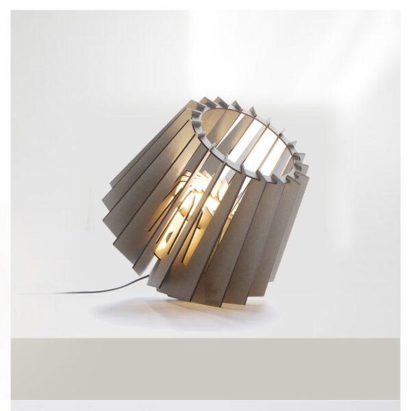 Spotnik-Vloerlamp-karton-Soft-Grey-Tjalle-en-Jasper