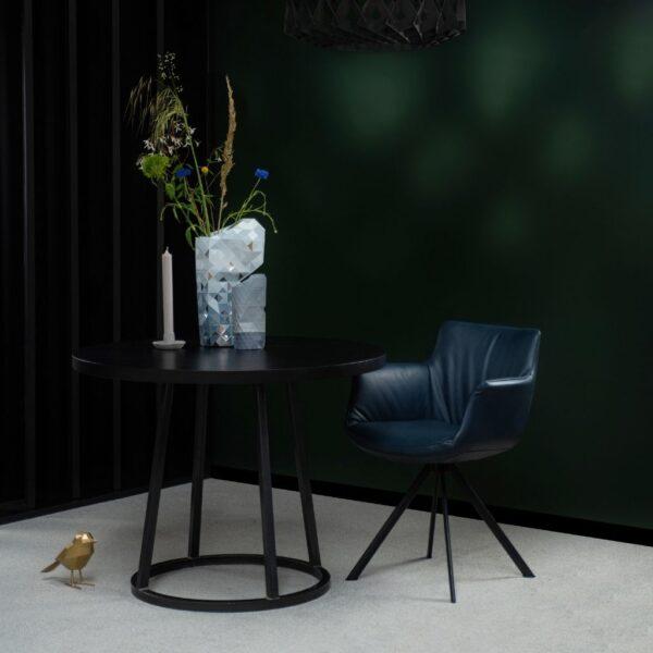 blauw-leren-stoel-Van-Tafel