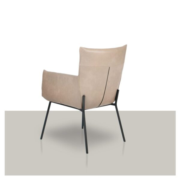 luxe-comfortabele-stoel-met-armleuning-achterkant