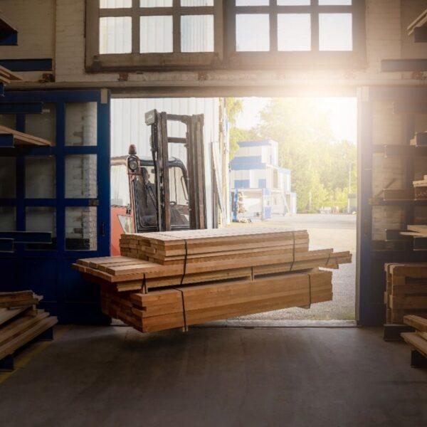 Vervoeren-eikenhouten-planken-Van-Tafel