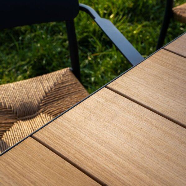 Houten tuintafel iroko detail