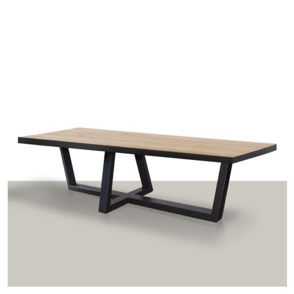 Rechthoekige-houten-eettafel-met-zwarte-rand-en-metalen-W-poot