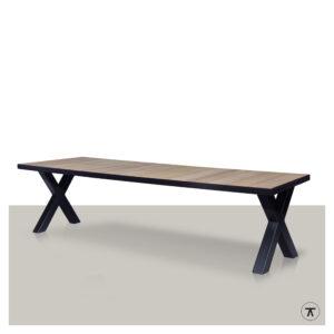 iroko houten buitentafel met metalen kruispoot