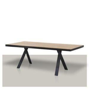 houten-eettafel-met-hoog-gekruist-onderstel